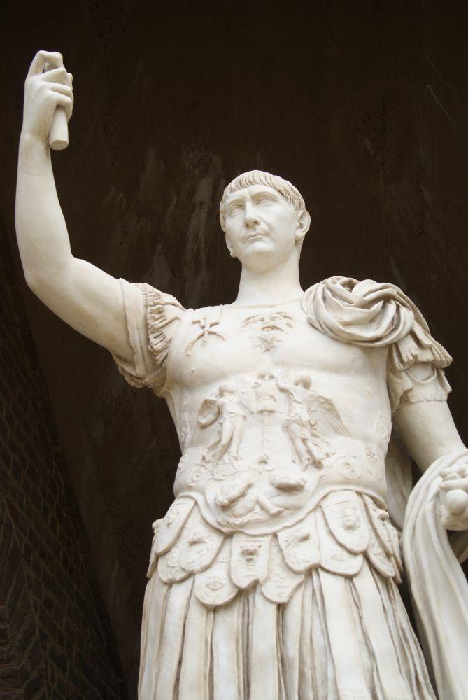 Trajan-Statue Xanten