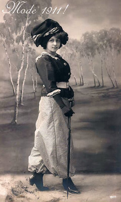 Postkarte Damenmode 1911