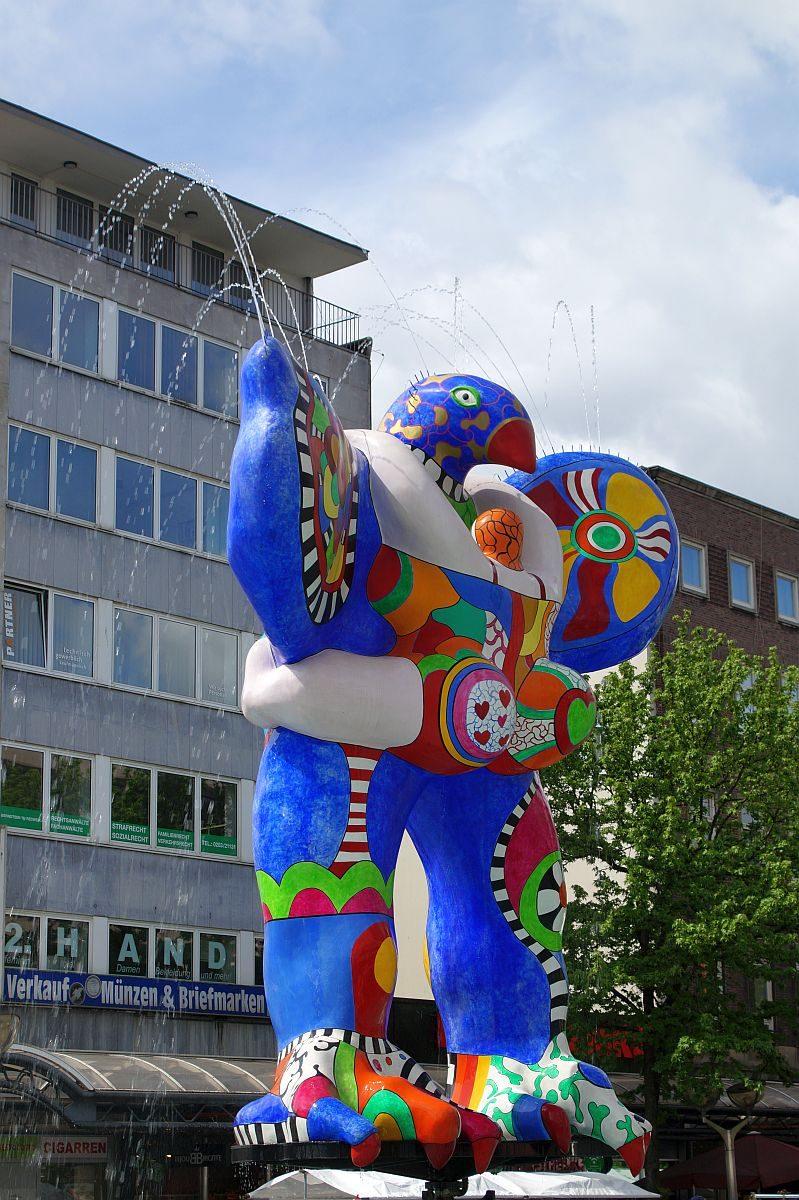 Brunnen Niki de Saint Phalle Duisburg