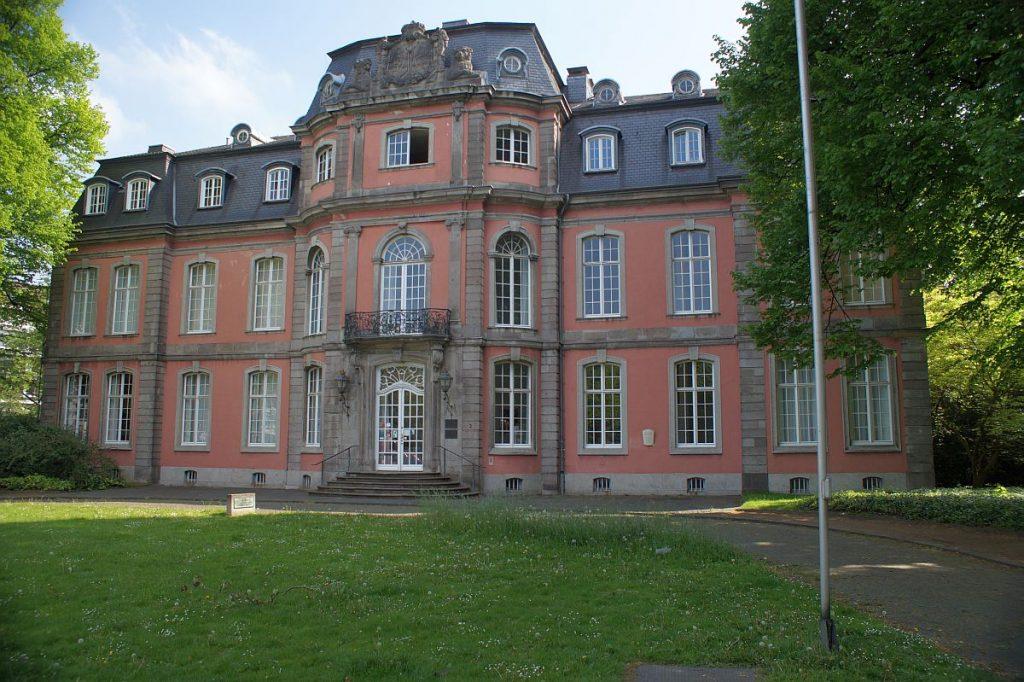Das Goethe-Museum in Düsseldorf in Schloss Jägerhof