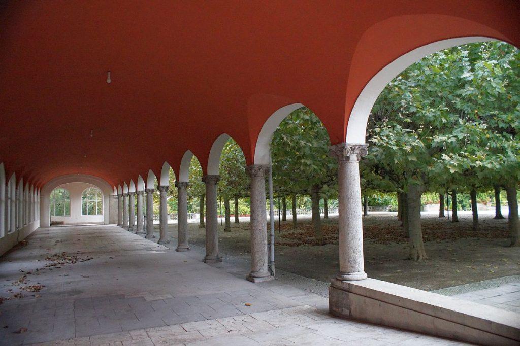 Flüstergalerie und Platanengarten Kurhaus Bad Nauheim