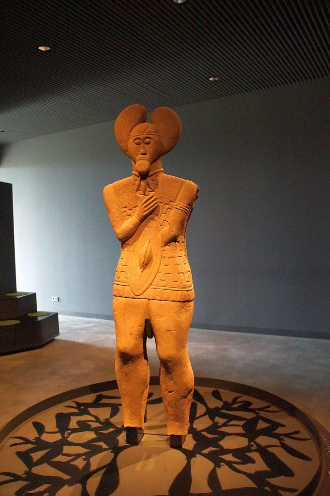 Statue keltischer Krieger Glauberg