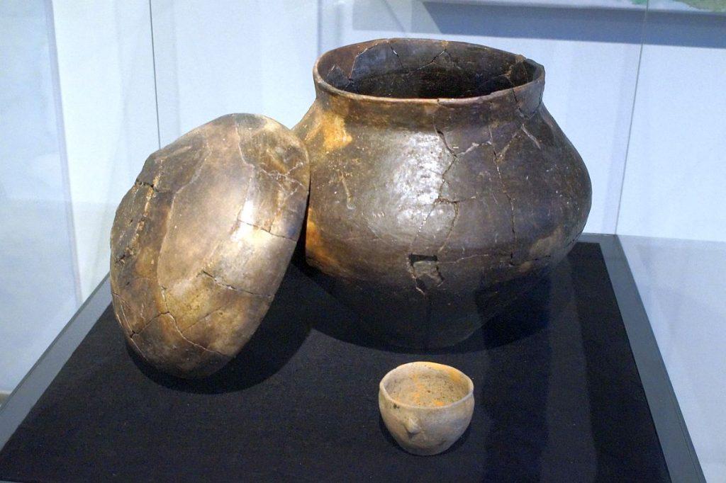 eisenzeitliche Urne - Gräberfeld Krefeld-Gellep